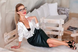Anne-laurence live escort